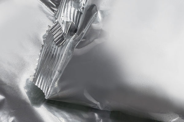 Sachet foil for powder or granulated solid forms